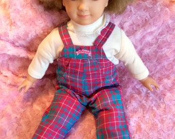 1980s World of Wonder Pamela doll with original outfit.