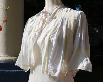 40s Silk & Lace Pale Lavender Bed Jacket