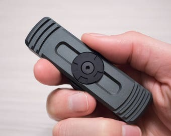 T2 Magnetic Fidget Spinner