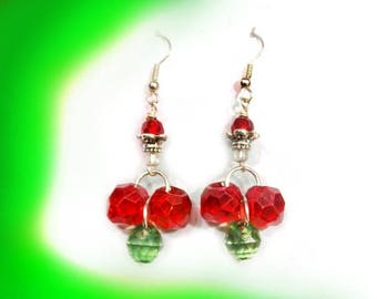 Red Green Christmas earrings - Holiday Dangle Earrings - red green drop earrings - beaded Holiday earrings Christmas beaded earrings, # J 33