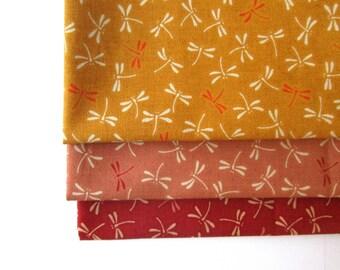 Batch of 3 coupons 45 x 35 cm - dragonflies - camaieu red / yellow