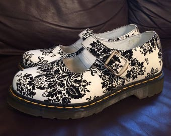 Dr Doc Martens victorian floral black and white leather Mary Janes shoes size 10