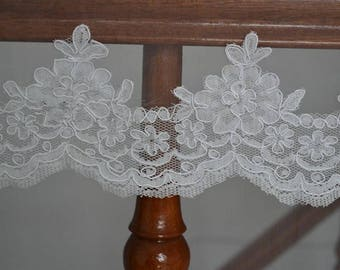 Beige Trim Lace, Lace Trim for Bridal Veil, Wedding Lace Trim, 4.33 Inches Wide 1.09 Yards/ Craft Supplies, WL795
