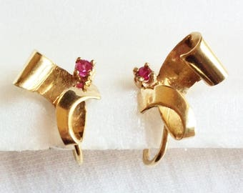 Estate 10k HEAVY Yellow Gold Genuine Ruby Clip On Clipon Earrings 3.8g Marked 10 K kt 10kt Vintage Heavy Large Big Ribbon Post Screw Back