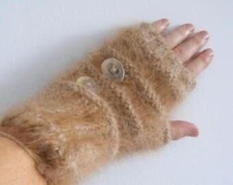 GAUNTLET, fingerless gloves, dog hair Labrador wool handspun, handknitted, deer antler button, size medium