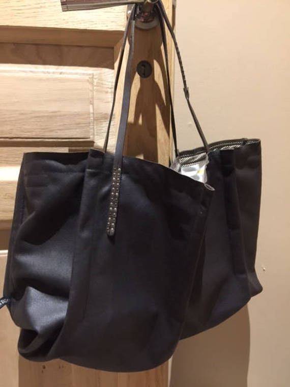 Brown distressed leather handbag