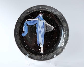 Vintage plates. Franklin Mint House of Erte decorative Moonlight plate. 1920s. Limited Edition House of Erte. Royal doulton. Art deco.
