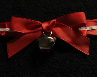 Red and White Pleated Collar