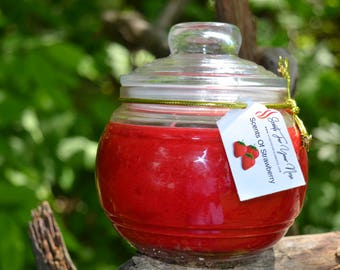 Strawberry Scented Candle 19 oz