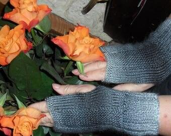 beautiful ultra soft mitts