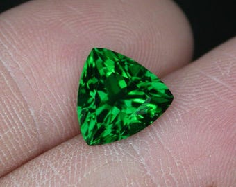3.1 ctw. green tourmaline loose gemstone.
