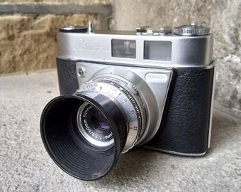 Vintage 1959 Kodak Retinette 1A 35mm Film Camera. All working. Complete with original case.