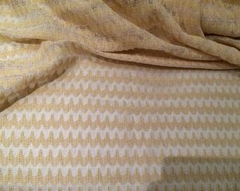 Knit in a little yellow net