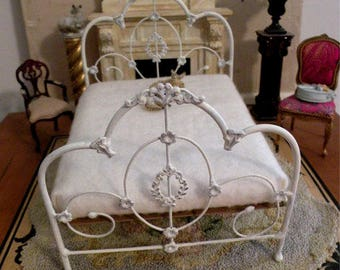 """Artisan Made American Girl 20"""" Scale Wrought Iron Look Bed """"Willow"""""""