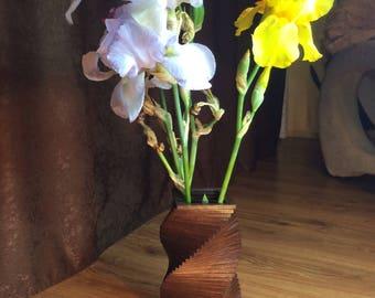 Wooden vase - vase made of wood - decorative vase - decor - flower vase - a pot of flowers - spiral