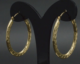 14k Solid Yellow Gold Diamond-Cut Hoop Earrings. 25mm