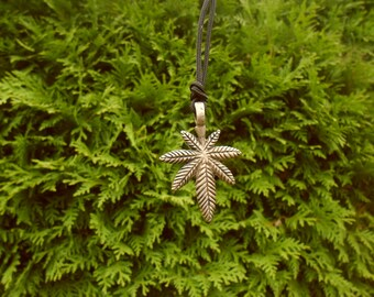 Marijuana Cannabis leaf,Plant Cannabis necklace