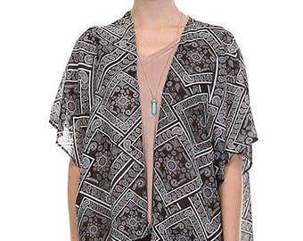 Short Black & White Printed Kimono