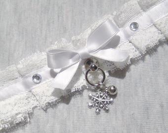 Snow White kitten play collar lace