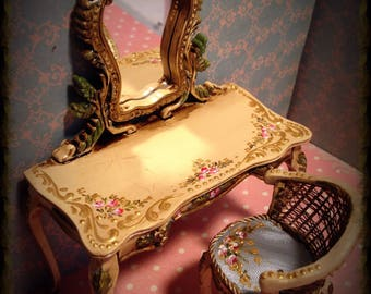 Vanity and Chair. Hand painted furnitures 1/12