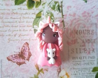Collier poupée licorne rose