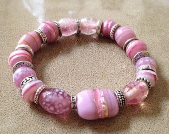 Pink glass beaded stretchy bracelet
