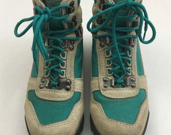 Vintage 1990s Vasque Women's Hiking Boots Size 7