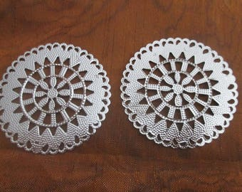 10 large prints / round filigree connectors silver 55 mm