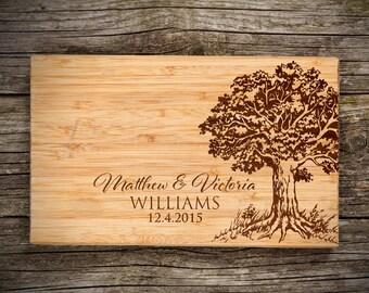 Personalized Cutting Board Last Name, Names & Date Engraved Bamboo Cutting Board, Wedding Favor, Wishlist, Wedding, Christmas, Housewarming