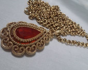 Vintage Avon 1973 red rhinestone Granada convertible necklace