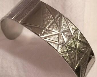 Silvertone Cuff Bracelet w/ Etched Triangles