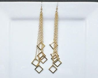 Dangle Square Earrings in 14K Gold Filled