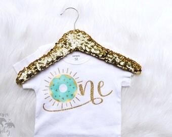 Baby Girls First Birthday bodysuit, ONE donut, One Birthday shirt, One Birthday Bodysuit, 1st Birthday Outfit, Donut shirt, Donut Birthday