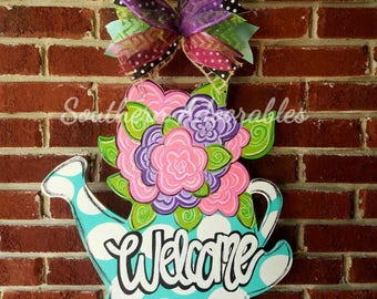 Spring door hanger, flower door hanger, watering can with flowers, summer door hanger, Spring door decor, flower door decor, door hanger