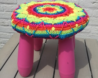 Crochet cover for stool