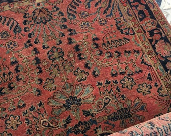 """3' x 4'6"""" Antique Persian Sarouk"""
