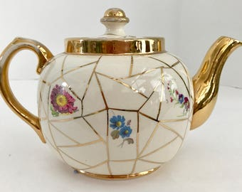 Vintage Sudlow's Burslem Made in England 0-1058 Beige and Gold Teapot