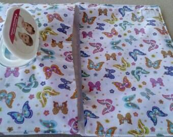 Portatoallitas and diapers, custom portatoallitas, craftsman portatoallitas, portatoallitas handmade, baby layette, handmade,