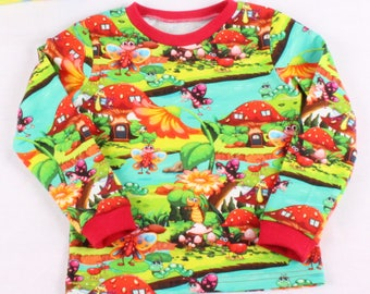 Scandi t-shirt with SHORT sleeves / Toadstool / butterfly / tee retro  / Scandi / Colourful t-shirt SHORT sleeves / Retro clothes for boys