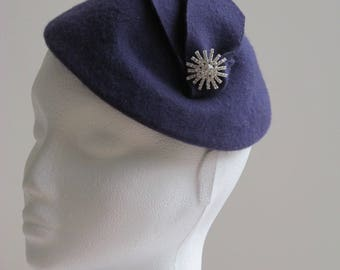 Vintage Inspired, 1940/1950s Style Purple Felt Hat