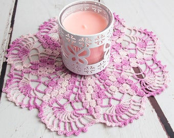 purple crochet doily, purple white lace doily 29 cm 11.5 inch, handmade home decor, gift idea for her, purple hand crocheted table decor