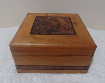 Moroccan Jewelry Box Handmade with Pure Thuya Wood Smoky Design