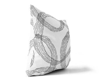 White Throw Pillow, Black and White Pillow, Decorative Pillows, Outdoor Pillow, Square Pillow, Pillows, Throw Pillows, Deck Pillow, Cushion