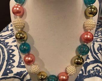 Elegant bubblegum necklace
