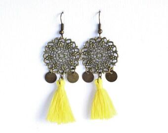 Earrings prints in antique bronze - yellow tassels