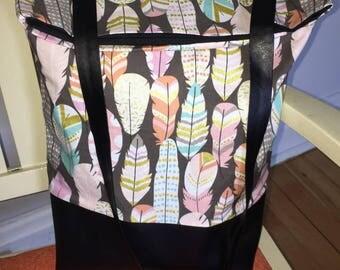 Sac PLUMES, MademoiZèbre, sac ajustable, cuirette noire, sac à main , automne hiver, accessoire femme, couleurs pastelles, anse simili cuir