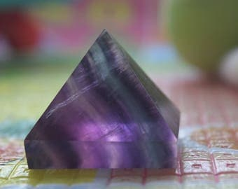SL4001 Natural fluorite crystal pyramid fortune ornament