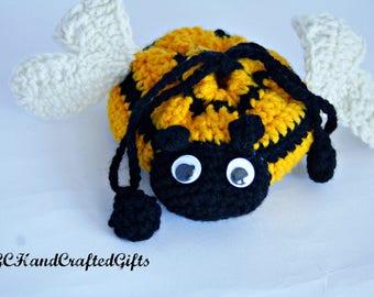 Crochet Bumble Bee Purse, Handmade Coin Purse, Bumble Bee Pouch, Handmade Cinch Bag, Small Drawstring Purse, Children's Purse, Crochet Bag,