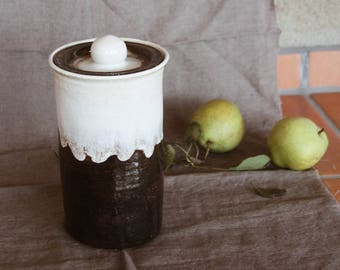 Vintage Minimalistic Clay Canister