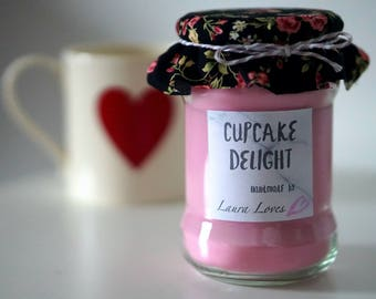 Cupcake Scented Candle - Soy Wax Eco-friendly Candle - Upcycled Candle